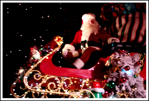santa in the disneyland parade